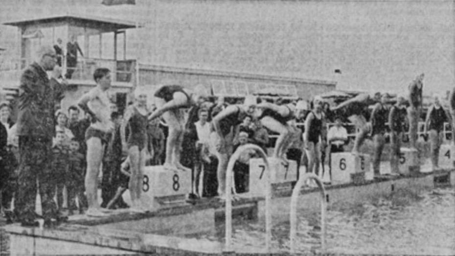Opening zwembad De Vliet