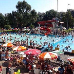 Zwembad De Vliet met mooi weer