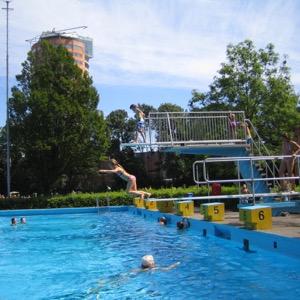 Zwembad De Vliet springen
