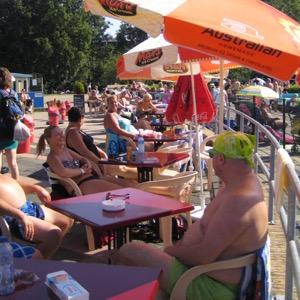 Zwembad De Vliet terras
