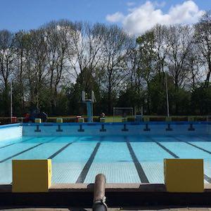 Zwembad de Vliet leeggepompt